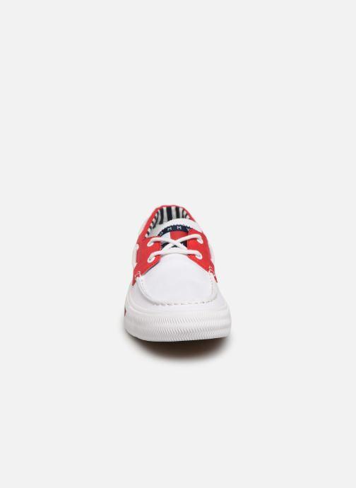 Scarpe con lacci Tommy Hilfiger Hybrid City Sneaker Bianco modello indossato