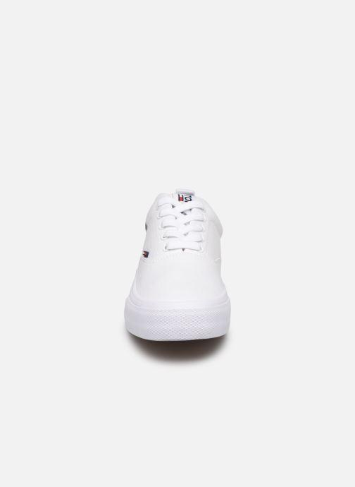 Baskets Tommy Hilfiger Logo Classic Tommy J Blanc vue portées chaussures