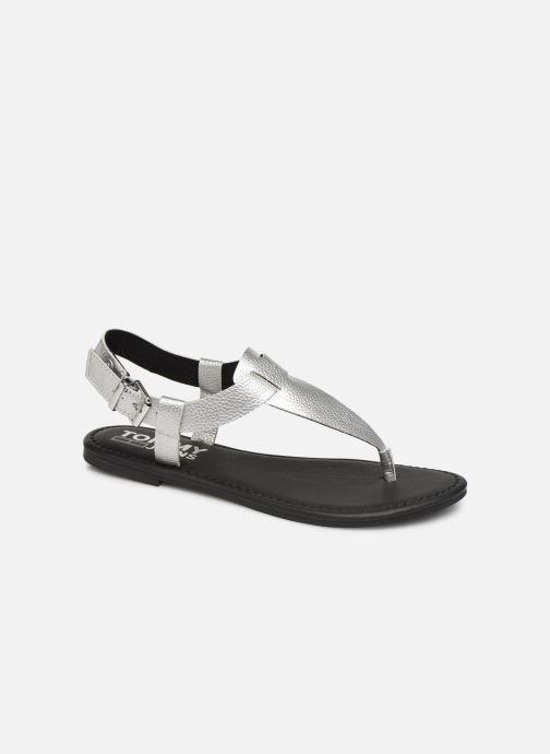 Sandalias Tommy Hilfiger Shiny Metallic Flat Plateado vista de detalle / par