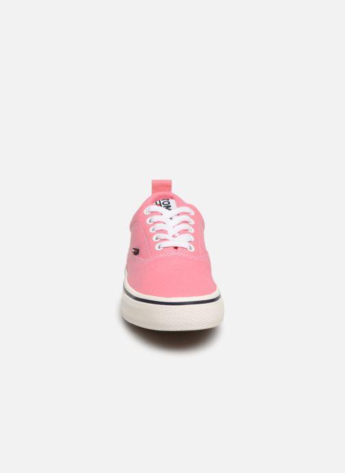 Sneakers Tommy Hilfiger Wmn Classic Tommy Je Rosa modello indossato