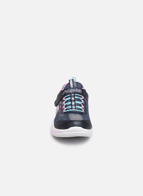 Baskets Skechers Power Petals Bleu vue portées chaussures