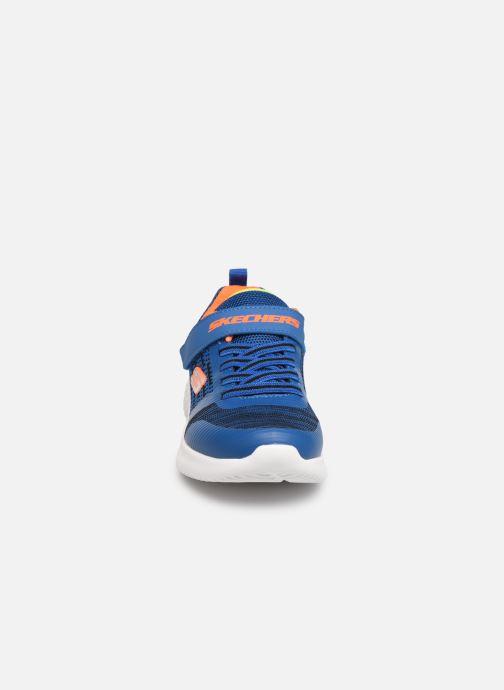 Scarpe sportive Skechers Bounder K Azzurro modello indossato