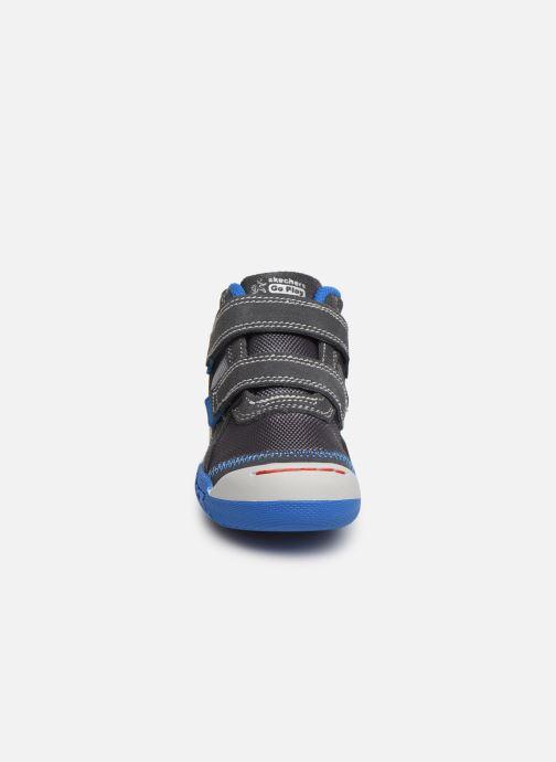 Sneaker Skechers Flex Play grau schuhe getragen