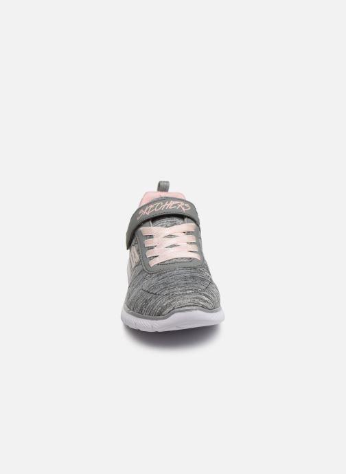 Chaussures de sport Skechers Skech Appeal 3.0 Gris vue portées chaussures