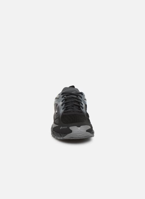 Chaussures de sport Mizuno Wave Ibuki 2 GTX Noir vue portées chaussures