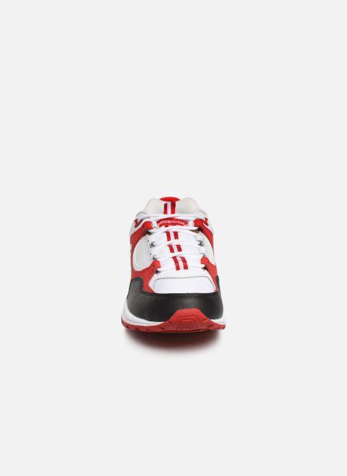 Deportivas DC Shoes Kalis Lite M Rojo vista del modelo
