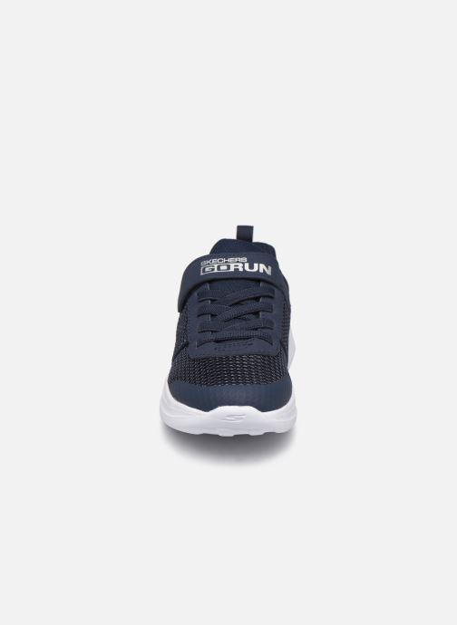 Scarpe sportive Skechers Go Run Fast Azzurro modello indossato