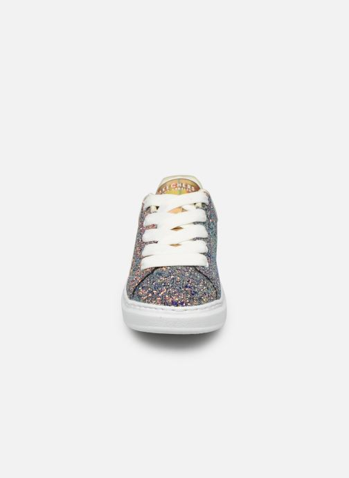 Sneakers Skechers High Street Argento modello indossato