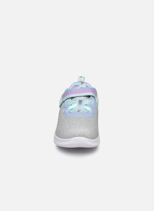 Sneakers Skechers Comfy Flex 2.0 Grigio modello indossato