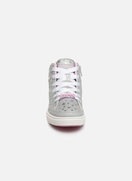Sneaker Skechers Shoutouts Glitz grau schuhe getragen
