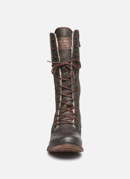 Stiefel Mustang shoes Josefi grau schuhe getragen