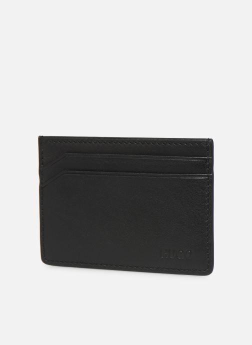Petite Maroquinerie Hugo SUBWAY CARD HOLDER Noir vue portées chaussures