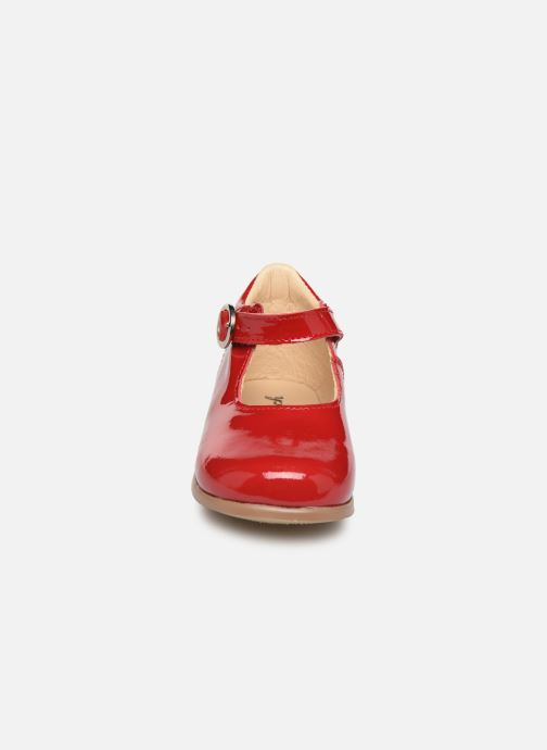 Ballerines Patt'touch Daphné Babies Rouge vue portées chaussures