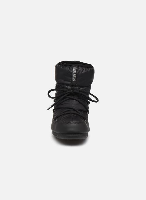 Scarpe sportive Moon Boot Moon Boot Low Nylon WP 2 Nero modello indossato