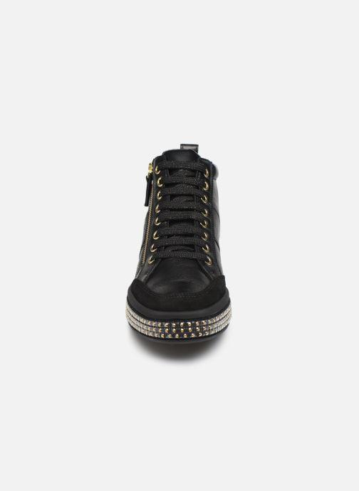 Sneaker Geox D LEELU'3 schwarz schuhe getragen