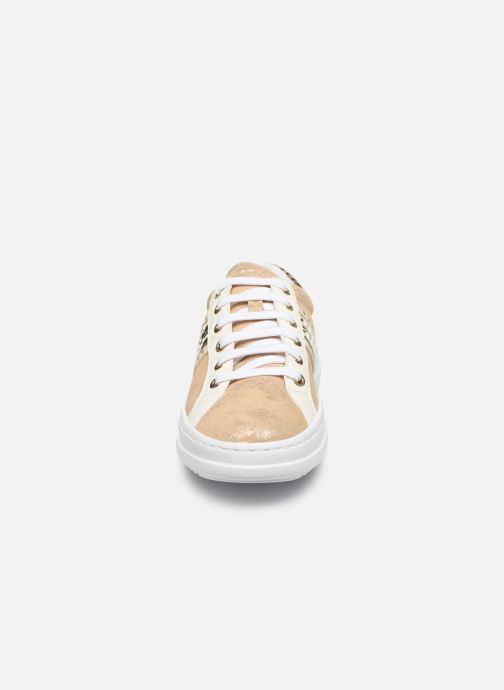 Sneakers Geox D PONTOISE Oro e bronzo modello indossato