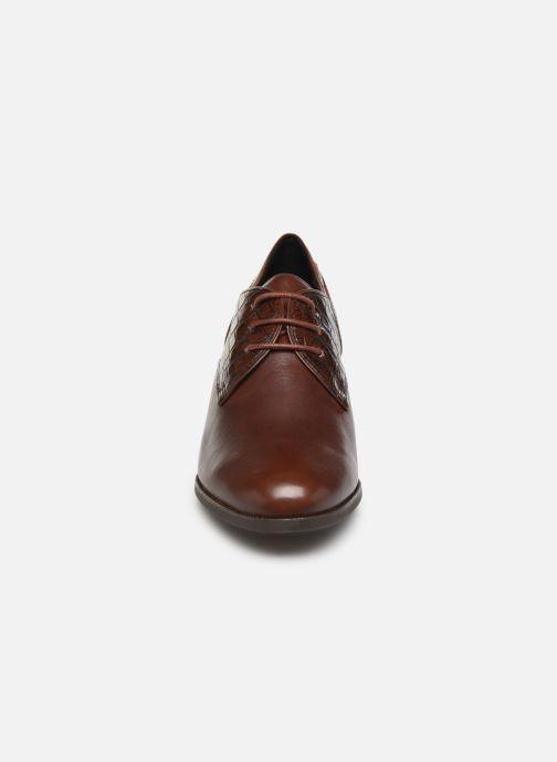 Chaussures à lacets Geox D JACY MID Marron vue portées chaussures