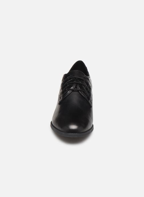 Schnürschuhe Geox D JACY MID schwarz schuhe getragen