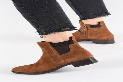 Ankle boots Geox D FELICITY Brown view from underneath / model view