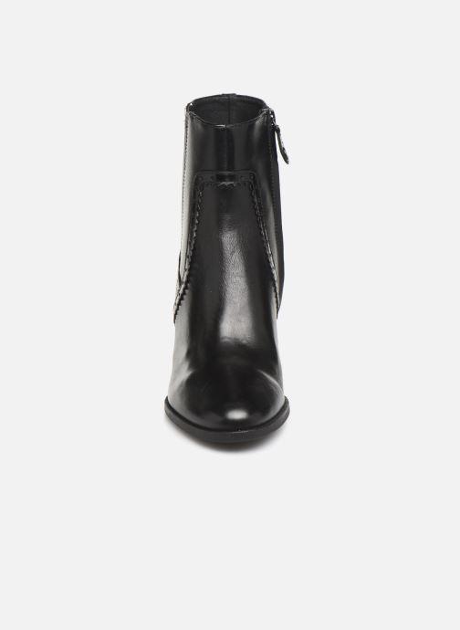 Boots en enkellaarsjes Geox D JACY HIGH  2 Zwart model