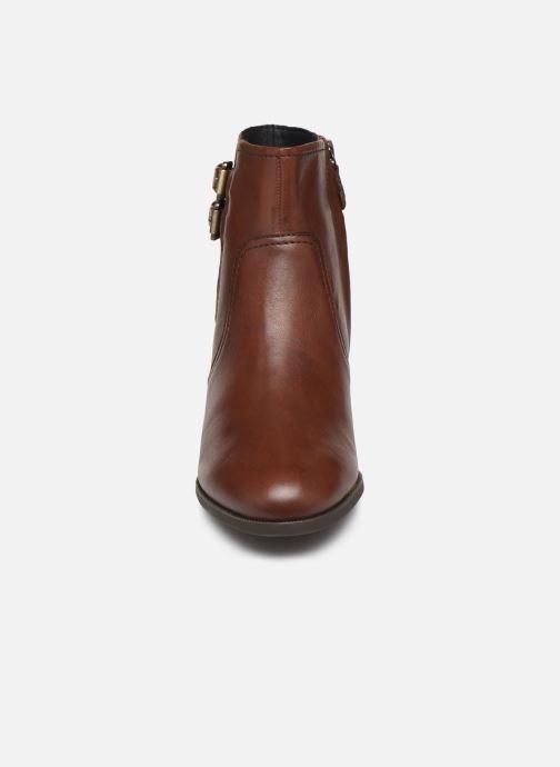 Boots en enkellaarsjes Geox D JACY MID 2 Bruin model