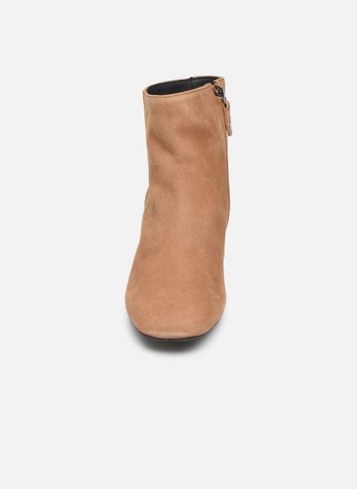Bottines et boots Geox D SEYLA Beige vue portées chaussures