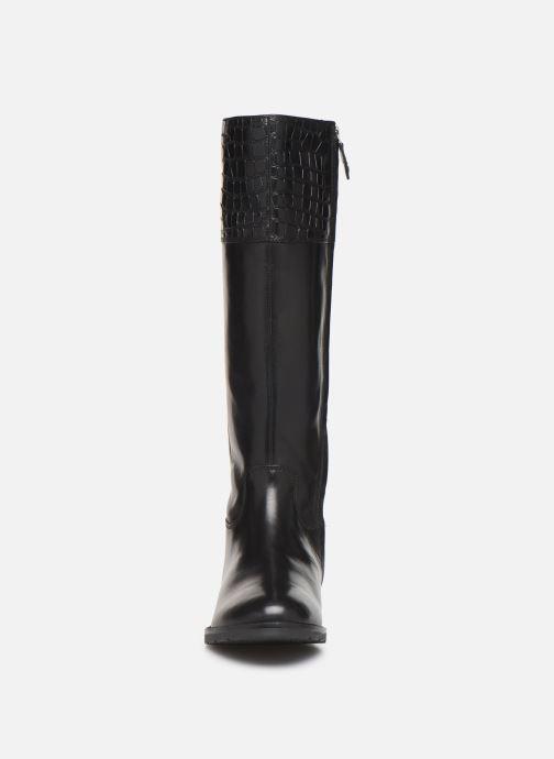Stiefel Geox D BETTANIE 5 schwarz schuhe getragen