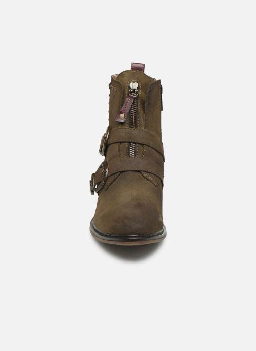Bottines et boots Mustang shoes Laupen Marron vue portées chaussures