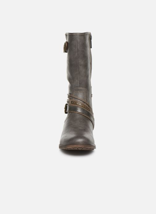 Bottes Mustang shoes Gillis Gris vue portées chaussures