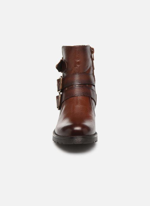 Bottines et boots Mustang shoes Kelyan Marron vue portées chaussures