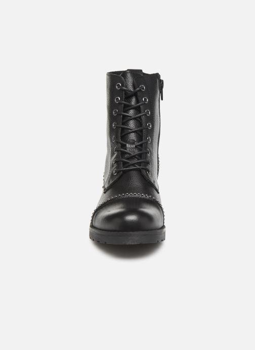 Bottines et boots Mustang shoes Loéva Noir vue portées chaussures