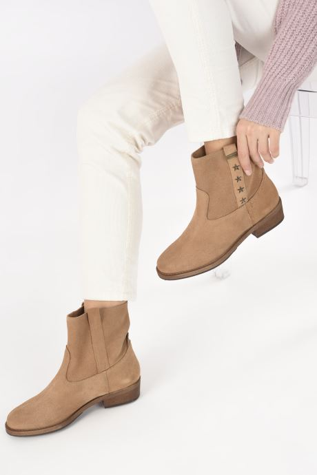 Bottines et boots Les Tropéziennes par M Belarbi Lisette Marron vue bas / vue portée sac