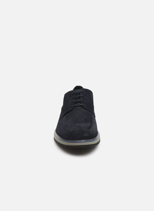 Chaussures à lacets Geox U TYREN Bleu vue portées chaussures