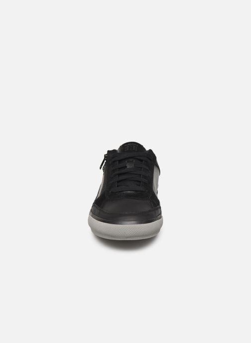 Sneakers Geox U KAVEN Zwart model