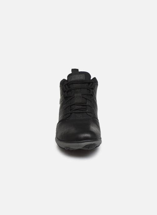 Sneaker Geox U NEBULA 4 X 4 B ABX schwarz schuhe getragen