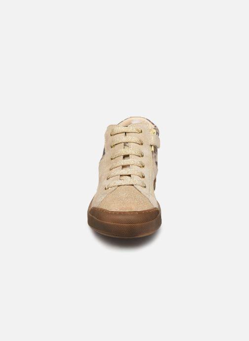 Baskets Naturino Schans Zip Or et bronze vue portées chaussures