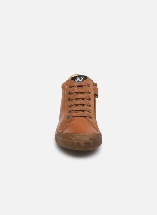 Baskets Naturino Dord zip Marron vue portées chaussures