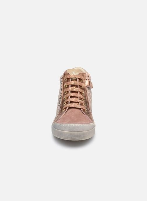 Baskets Naturino Dord zip Rose vue portées chaussures