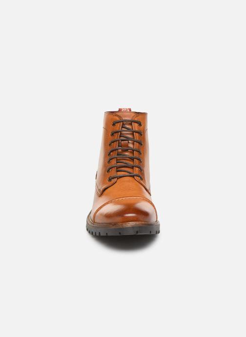 Bottines et boots Base London EMERSON Marron vue portées chaussures