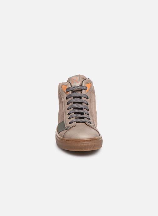 Baskets Romagnoli 4525-211 Marron vue portées chaussures