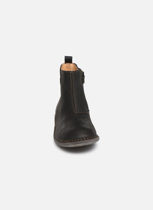 Ankle boots El Naturalista Mojave 5E-878 Black model view