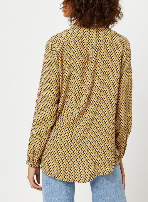 Vêtements MOSS COPENHAGEN Blara Morocco Ls Shirt Aop Beige vue portées chaussures