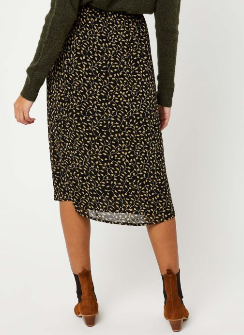 Vêtements MOSS COPENHAGEN Audrina Skirt Aop Noir vue portées chaussures