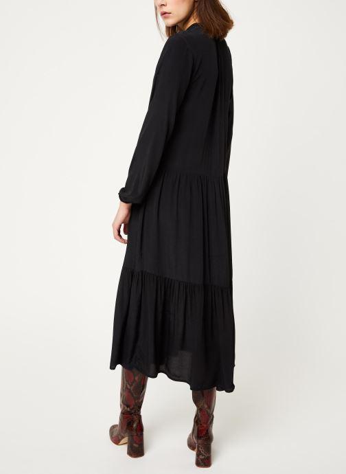 Vêtements MOSS COPENHAGEN Carol Morocco Dress Noir vue portées chaussures