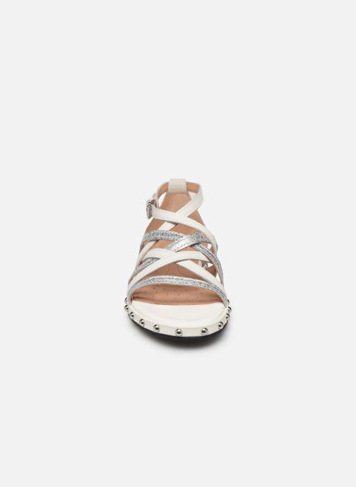 Sandales et nu-pieds Geox D KOLLEEN B D925SB Blanc vue portées chaussures