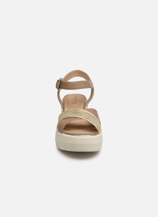 Sandales et nu-pieds Geox D TORRENCE B D92CPB Or et bronze vue portées chaussures