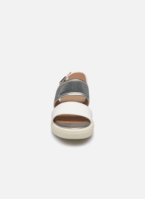 Sandales et nu-pieds Geox D WIMBLEY SAND A D92DPB Blanc vue portées chaussures