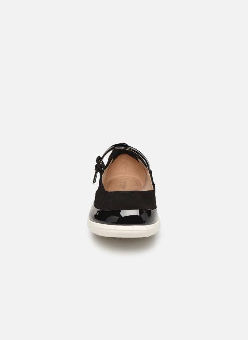 Ballerines Geox D JEARL A D92CSA Noir vue portées chaussures
