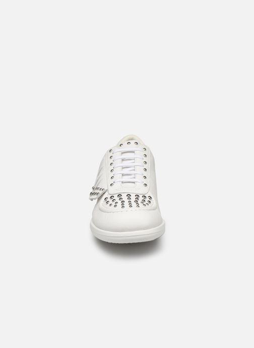 Baskets Geox D JEARL H D92CSH Blanc vue portées chaussures