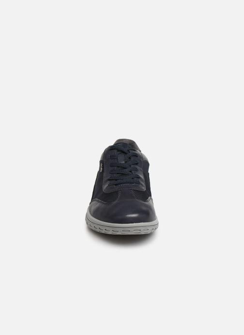 Baskets Geox U MANSEL A U924AA Bleu vue portées chaussures